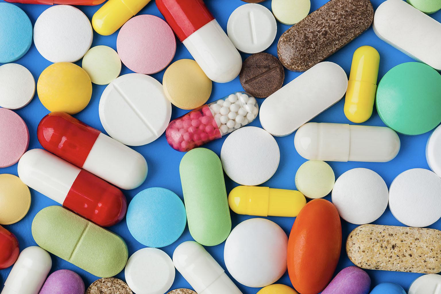 Penicylina - zastosowanie, skutki uboczne, osłona przed antybiotykiem